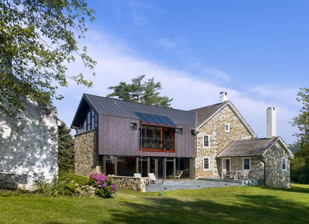Modern Farmhouse Terrace