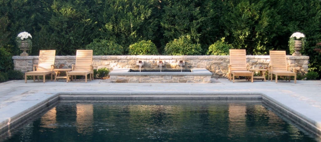 The Rear Spa Wall and Fountain