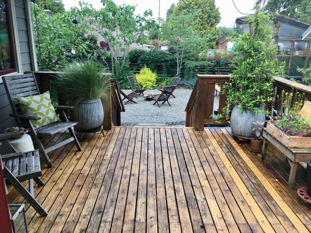 Gravel patio from deck