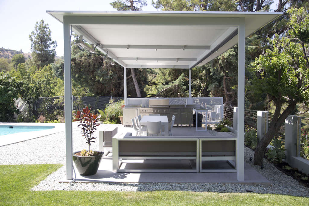 In Terms of Materials, Everything Is Durable, Weatherproof, and Easy to Clean