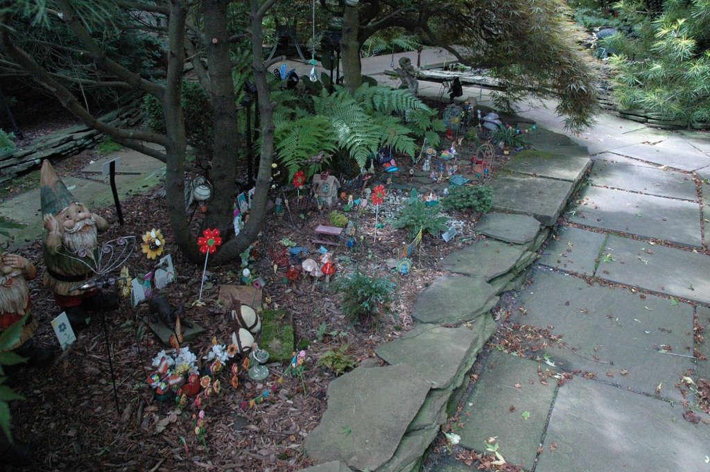 Fairyland, urban sprawl in a mini garden