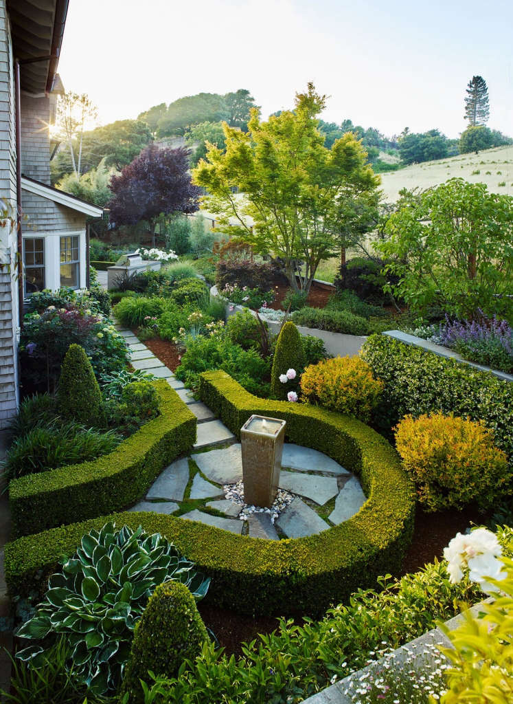 Uniting the Hardscape and Garden