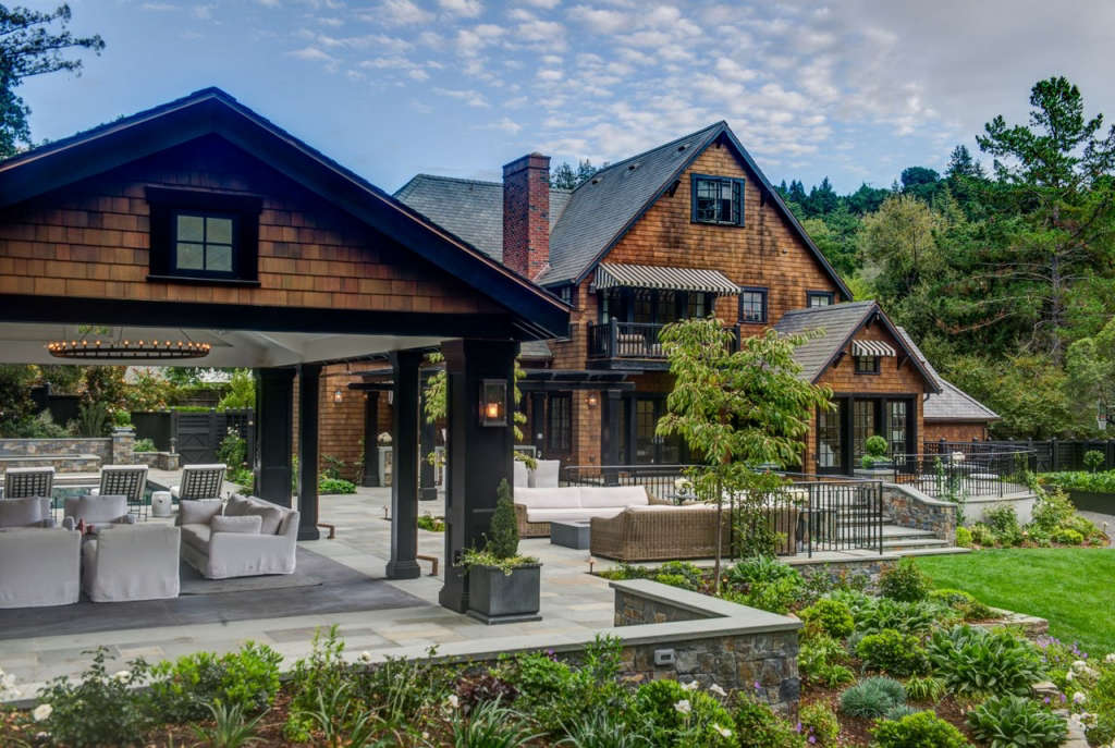 Unifying the Indoor-Outdoor Experience